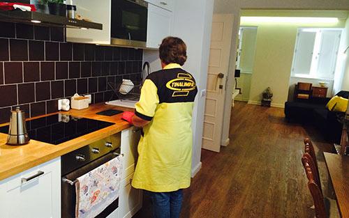 Empresa de Limpezas Coimbra, Limpezas Domésticas e Industriais Tinalimpa - Limpezas Domésticas