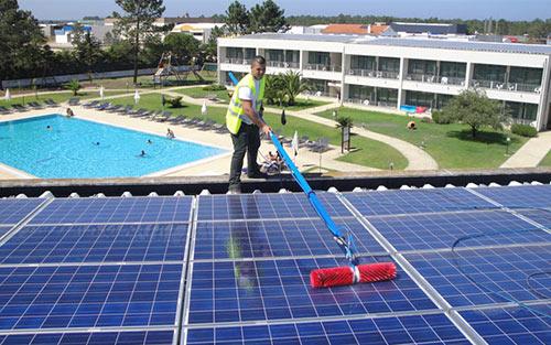 Empresa de Limpezas Coimbra, Limpezas Domésticas e Industriais Tinalimpa - Limpeza de Painéis Solares Fotovoltaicos