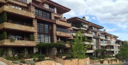 Tinalimpa - Serviços de Higiene e Limpeza - Profissionais de Limpeza em Coimbra - Limpezas de Condomínios